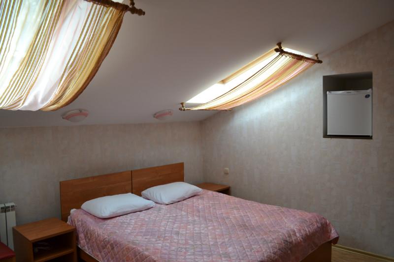 Фото номера мини отеля гостиницы Кристайл